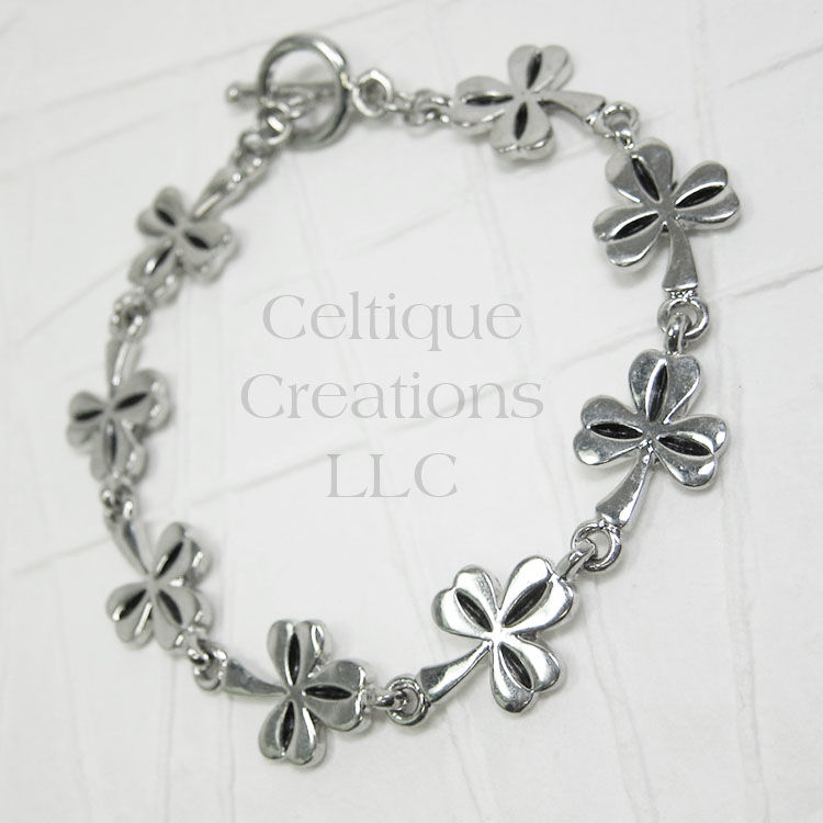 Shamrock Bracelet with Toggle Clasp - product images  of