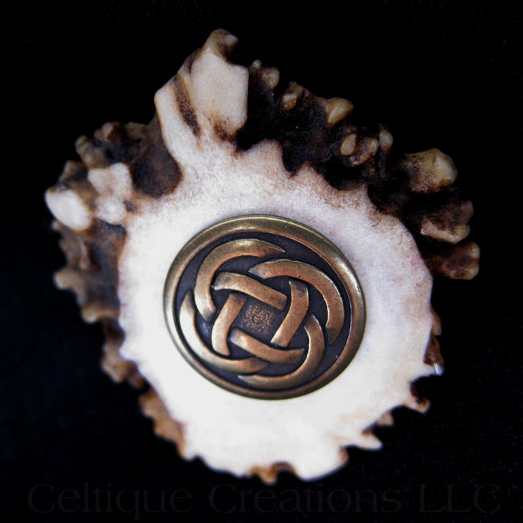Antique Brass Celtic Knot Deer Antler Kilt Pin Cap Badge - product images  of