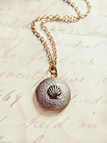 Miniature,Mermaid,Shell,Vintage,Locket