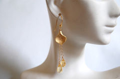 Citrine,and,Calla,lily,connector,long,drop,earrings,Jewelry,Earrings,Dangle,citrine,calla_lily_cap,gold_filled_chain,gold_filled,yellow,golden,long_drop,dangle,team,feminine,elegant,canada,gemstone,gold_plated_connector