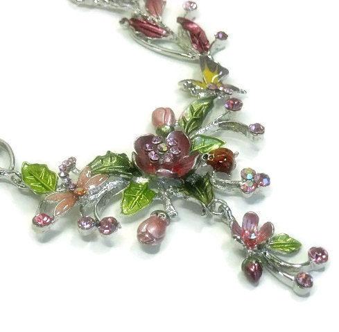 flower necklace green necklace gemstones necklace