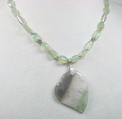 Agate Heart Necklace - Mint Green Gemstone Heart Necklace - Heart Jewelry - Agate Heart Pendant - Gift for Her - Gemstone Jewelry - product images  of