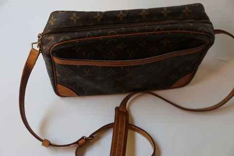 Louis,Vuitton,Crossbody,Bag,Louis Vuitton vintage, Louis Vuitton crossbody, Louis Vuitton bag