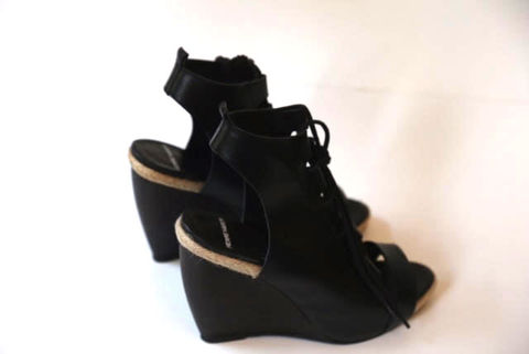 Pierre,Hardy,Black,Leather,Sandals,pierre hardy, pierre hardy sandals, pierre hardy consignment