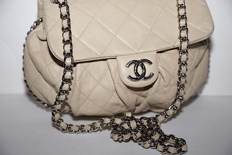 Chanel,Crossbody,Bag,Chanel Crossbody Bag, Crossbody Bag, Chanel Bag, Consignment Chanel Bag