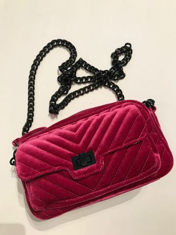 Steve,Madden,Velvet,Crossbody,Bag,steve madden bag, chanel reissue, chevron, velvet bag. holiday, winter bags