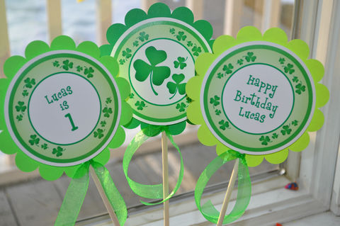 St.,Patrick's,Day,Centerpiece,Sticks,-,Decorations,Shamrocks,,Clovers,,Green,Set,of,3,CENTERPIECES, PARTY CENTERPIECES, ST PATRICKS CENTERPIECES, CUPCAKE TOPPERS, ST PATRICKS DAY CUPCAKE TOPPERS, ST PATRICKS DAY, ST PATRICKS DAY BANNER, BIRTHDAY BANNER, BIRTHDAY DECORATIONS, ST PATRICKS DAY DECORATIONS, ST PATRICKS DAY BIRTHDAY DECORATIONS