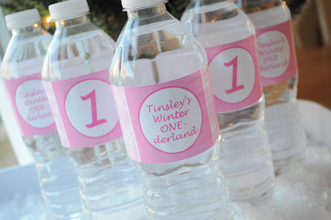 10,Water,Bottle,Labels,-,1st,Birthday,Snowflake,,Winter,One-derland,party decorations, personalized banner, water bottle labels, personalized labels, beverage label