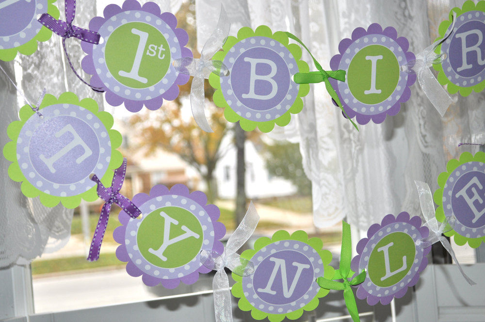 Purple and green baby shower decorations best baby for Baby birthday decoration images