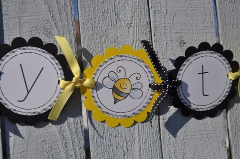Baby,Shower,Banner,-,Bumble,Bee,Theme,Mommy,To,birthday banners, decoration, baby shower banner, 1st birthday banner, happy birthday banner, party sign, personalized party, girls birthday party, birthday banner, party decorations, girls birthday ideas, party banner