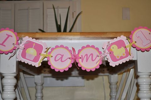 Highchair,Banner,-,1st,Birthday,Cupcake,Rubber,Ducky,Theme,birthday banners, decoration, baby shower banner, 1st birthday banner, happy birthday banner, party sign, personalized party, girls birthday party, birthday banner, party decorations, girls birthday ideas, party banner
