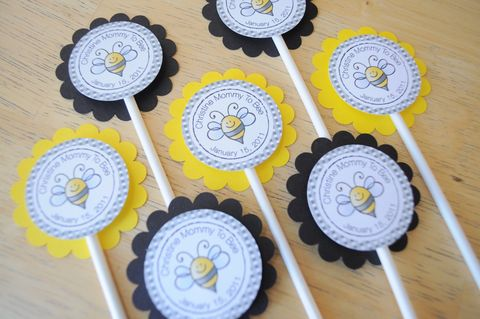 12,Baby,Shower,Cupcake,Toppers,-,Bumble,Bee,Theme,Mommy,To,cupcake toppers, party decorations, cake decorations, 1st birthday cupcake toppers, personalized cupcake toppers