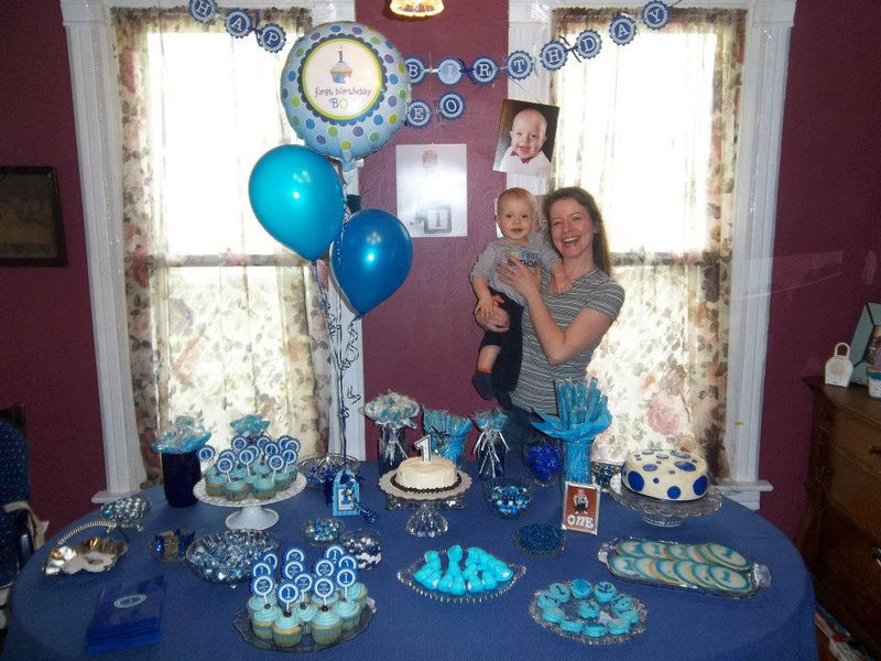 Happy 1st birthday party door sign dark blue and light for Baby boy 1st birthday decoration ideas