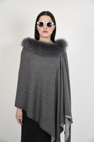 Fox,Trimmed,Two,Tone,Poncho,-,Grey