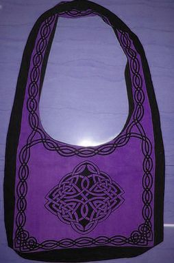 Celtic,Design,Sling,Bag,in,Purple,bag, tote, sling bag, Celtic bag, Celtic tote, sling tote, purple bag, book bag, BrushCreekWoolWorks, Brush Creek Wool Works