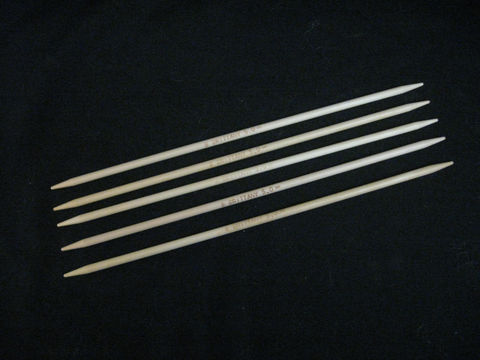 Brittany,Double,Point,Knitting,Needles,,10,inches,Long,,,Wood,,Set,of,5,Needles,knitting needles, knitting, double point, Brittany needles, wood needles, birch needles , wooden needles, circular knitting , 10 inch needles , round knitting, seamless knitting, double point needles , BrushCreekWoolWorks,Brush Creek Wool Works