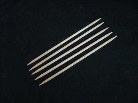 Brittany,Double,Point,Knitting,Needles,,7,1/2,inches,,Set,of,5,needles,,Wood,knitting needles, knitting, double point,double point needles ,circular knitting ,seamless knitting, Brittany needles ,wood needles, birch needles, 7 inch needles ,cuff needles , wooden needles , BrushCreekWoolWorks,Brush Creek Wool Works