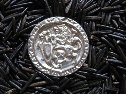 Rampant,Lion,Pewter,Buttons,,Set,of,6,,1,1/4,inches,in,diameter,pewter, pewter button, rampant lion button, lion button, lead free pewter ,clothing button, button, metal button , lion pewter button, garb button, closure, large button , BrushCreekWoolWorks, Brush Creek Wool Works