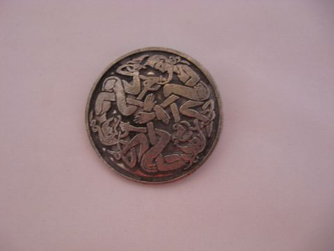 Celtic,Knotwork,Pewter,Pin,Pendant,,Elf,Design,pin, pendant, pin pendant, pewter pin pendant, pewter, Celtic pin ,Celtic pendant , Celtic Elf Pin, Celtic Elf Pendant ,Celtic knotwork pin, Celtic knotwork ,celtic clasp ,BrushCreekWoolWorks, Brush Creek Wool Works
