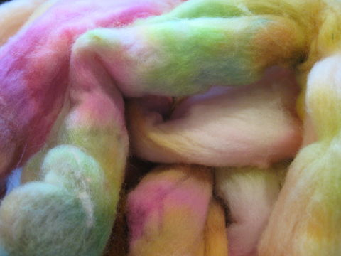 Desert,Sunset,Hand,Dyed,Merino,Wool,Roving,roving, hand dyed roving, hand dyed wool, hand dyed merino ,desert sunset , spinning wool , spinning roving, spinning merino, yarn wool ,BrushCreekWoolWorks, Brush Creek Wool Works