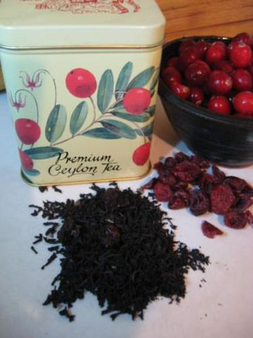 Cranberry,Flavored,Black,Loose,Tea,,Camellia,sinensis,black tea ,tea ,drink , beverage , vegan, flavored black tea , cranberry tea , Camellia sinensis, cranberry black tea , loose tea, loose black tea , flavored tea , BrushCreekWoolWorks, Brush Creek Wool Works