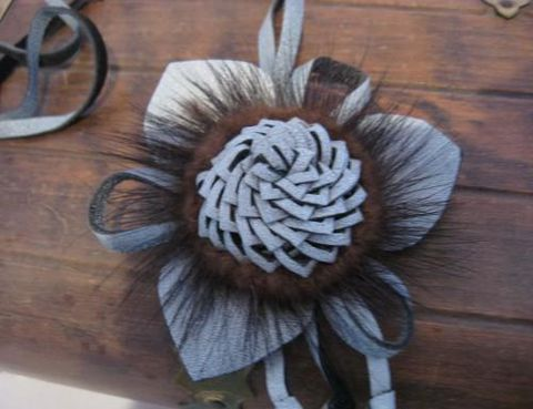 Leather,Pendant,White,and,Black,Tri,Petal,Flower,leather,  leather pendant, mink, pendant, petal, flower, retro pendant, leather, black white, Civil War, BrushCreekWool Works, Brush Creek Wool Works