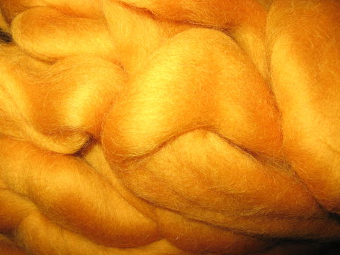 Butterscotch,New,Zealand,Dyed,Carded,Wool,Roving,wool, roving, spinning roving, gold roving ,gold wool roving,butterscotch roving, felting roving, felting wool, Colonial roving, Corriedale wool ,Corriedale roving, wool roving, spinning wool, BrushCreekWoolWorks, Brush Creek Wool Works
