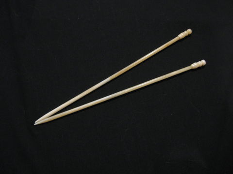 White,Bone,Knitting,Needles,,10,inches,long,knitting needles, bone, bone knitting needle,bone needle, knitting, single point needle ,bone single point, ten inch needle, knitting needle, fiber arts, natural needle, knitting stick , BrushCreekWoolWorks, Brush Creek Wool Works