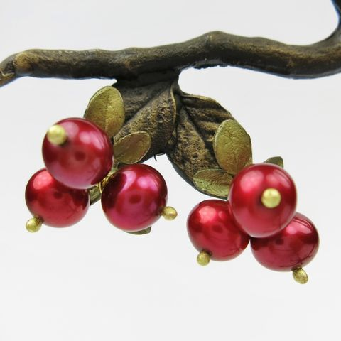 Cranberry,Stud,Earrings,Cranberry Stud Earrings, Silver Season's Cranberry Stud Earrings, Michael Michaud, Silver Season's earrings, Cranberry Collection