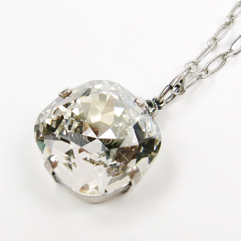 necklace swarovski zhannel clear crystal pin lea pendant