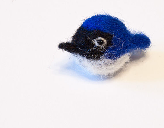 Bluebird pin, handmade needle felted with wool - product images  of