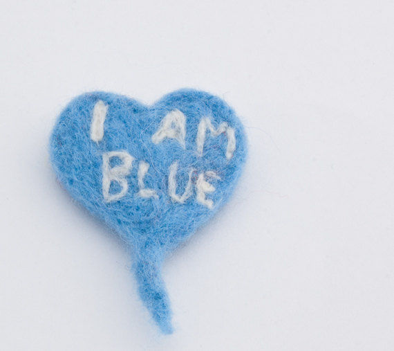 Felted heart brooch in blue with monogrammed I am blue - product images  of