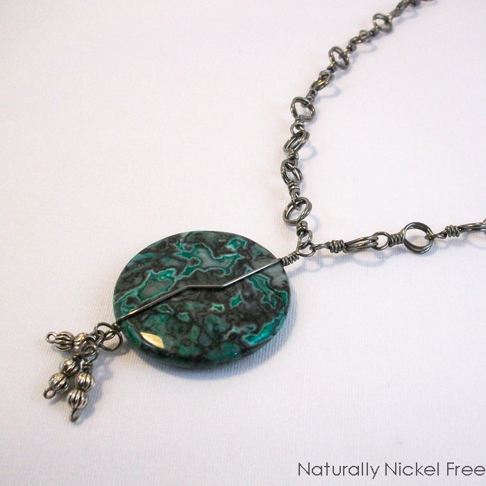 Green Lace Agate Necklace with Niobium Chain - product image