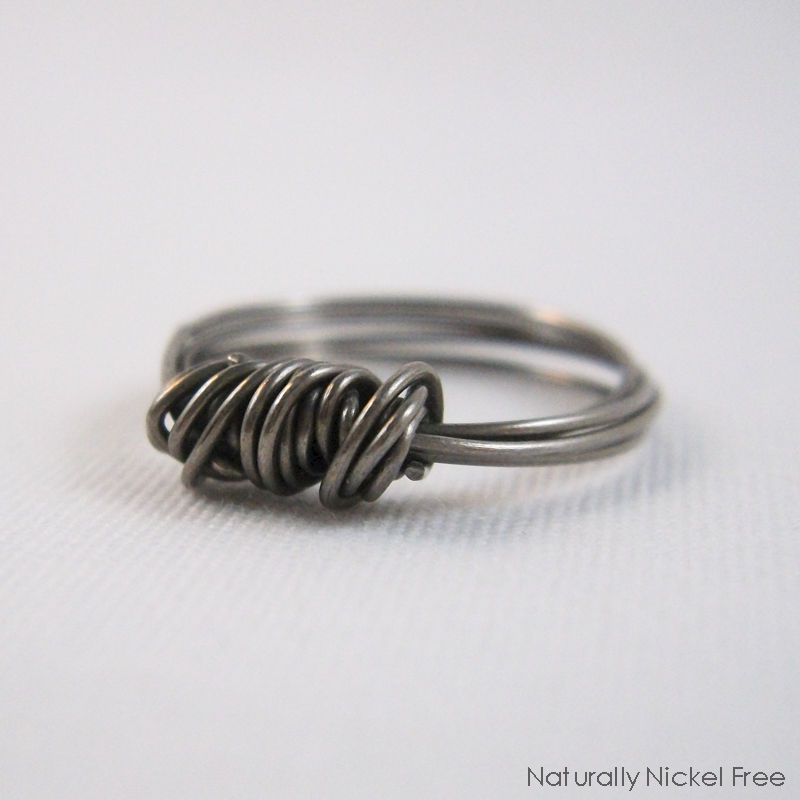 Niobium Wire Bundle Ring, Size 4 1/2 - product image