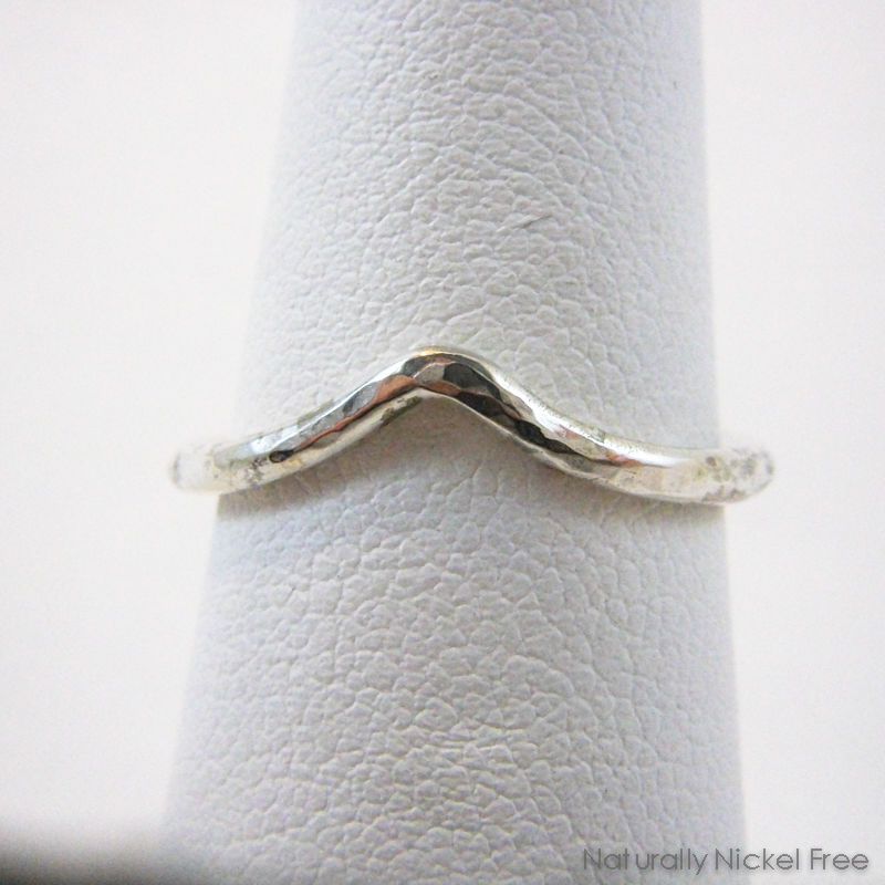 Hammered Single-Wave Silver Ring  - product image