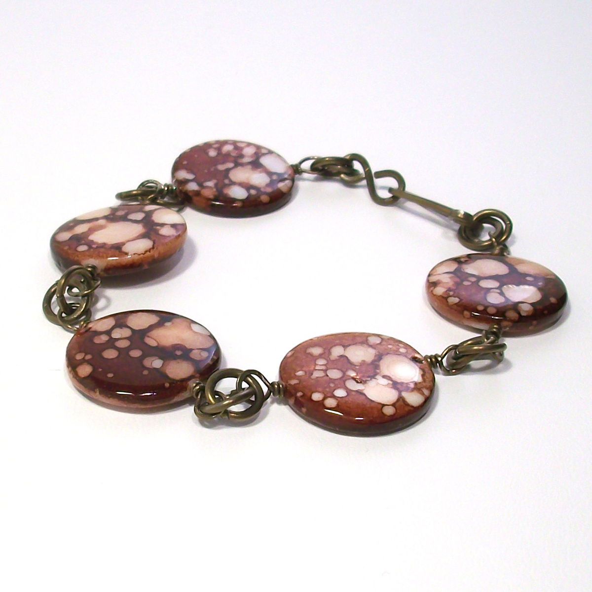 Spotted Brown Shell Bracelet with Niobium Chain - product image