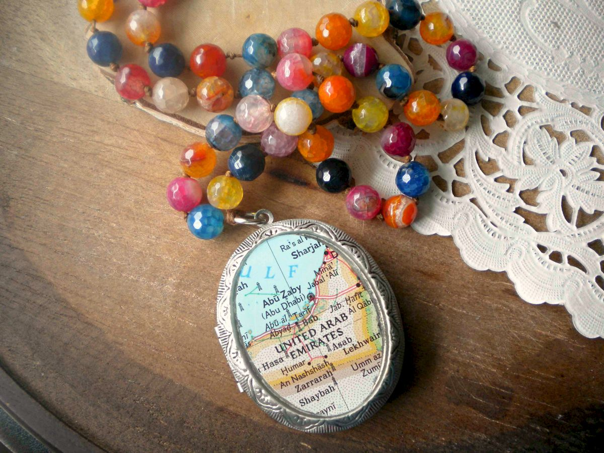 Abu Dhabi Agate Knotted Beaded Brass Fob Necklace - product images  of