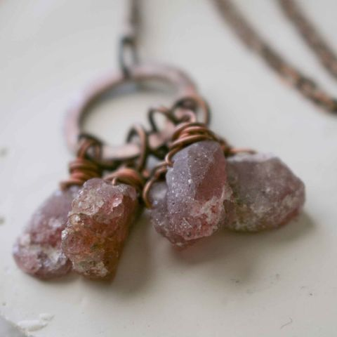 Strawberry,Quartz,Crystal,Charm,Necklace,charm necklace, beaded necklace