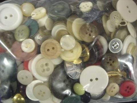 Grab,Bag,of,Buttons,buttons, assorted, sewing,kg krafts,craft supplies,crafts,supplies