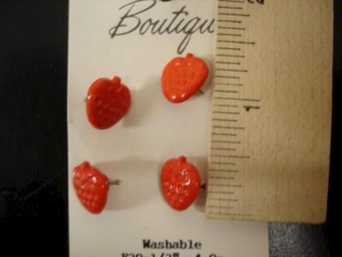 Strawberry,Buttons,4,per,card,1/2,inch,plastic,buttons, strawberry, shank, kg krafts,craft supplies,crafts,supplies,sewing