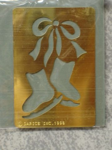 Darice,Genuine,Brass,Embossing,Stencil,Bow,/,Ice,Skates,1020-67,darice,brass,stencil,embossing stencil,embossing,kg krafts, card making, scrap booking