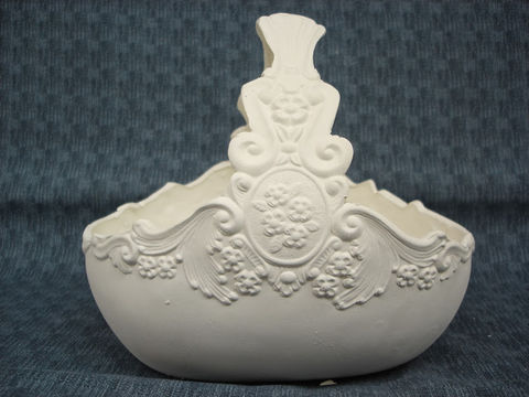 Unpainted,Ceramic,Bisque,Victorian,Basket,victorian basket,ceramic bisque,ready to paint,ceramics, bisque,kg krafts,picture frame,oval frame