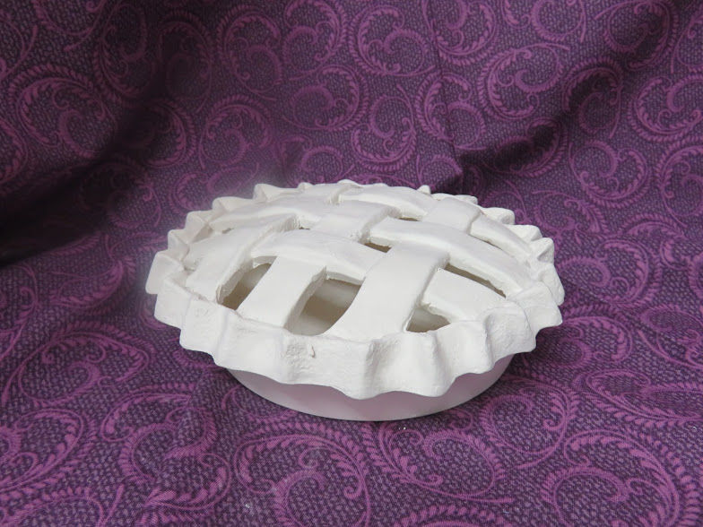 Lattice Top Pie Ceramic Bisque Ready to Paint - product image