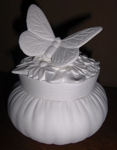 Butterfly,and,Flowers,Box,Ceramic,Bisque,Ready,to,Paint,Butterfly and flowersBox, Ceramic Bisque Ready to Paint,  ceramic bisque,ready to paint,ceramics, bisque,kg krafts