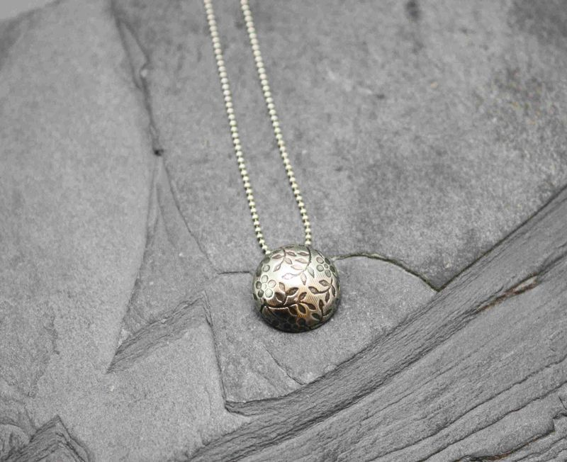 Daisy necklace - product images  of