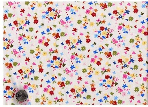 Cotton,Quilt,Fabric,Sweet,Garden,Daisys,Floral,Ecru,quilt fabric,cotton material,auntie chris quilt,sewing,crafts,quilting,online fabric,sale fabric