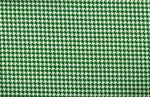 Cotton,Quilt,Fabric,Classic,Houndstooth,Check,Kelley,Green,And,White,quilt fabric,cotton material,auntie chris quilt,sewing,crafts,quilting,online fabric,sale fabric