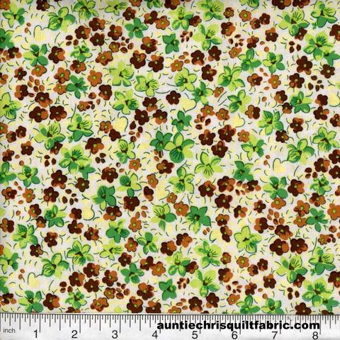 Cotton,Quilt,Fabric,Quilters,Calico,Flowers,303,white,Floral,,quilt backing, dresses, quilt fabric,cotton material,auntie chris quilt,sewing,crafts,quilting,online fabric,sale fabric
