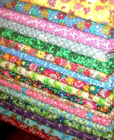 Cotton,Quilt,Fabric,Fat,Quarter,Medley,Quilters,Calico,Floral,4,1/4,Yards,,quilt backing, dresses, quilt fabric,cotton material,auntie chris quilt,sewing,crafts,quilting,online fabric,sale fabric