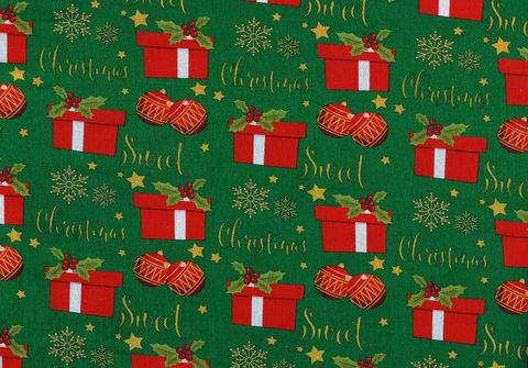Cotton,Quilt,Fabric,Christmas,Traditional,Ornaments,And,Presents,Green,,quilt backing, dresses, quilt fabric,cotton material,auntie chris quilt,sewing,crafts,quilting,online fabric,sale fabric